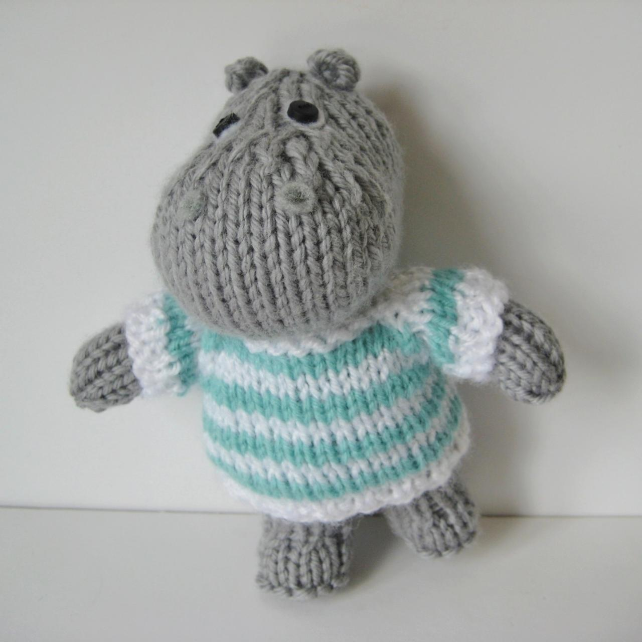 Toy Knitting Patterns : Pierre The Hippo Toy Knitting Pattern on Luulla