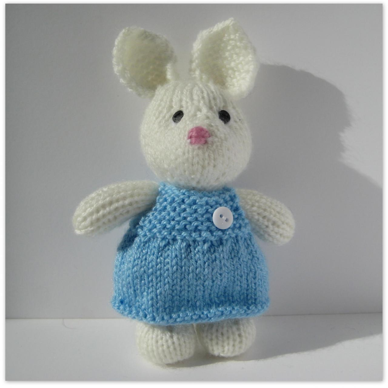 Millie The Rabbit Toy Knitting Pattern on Luulla