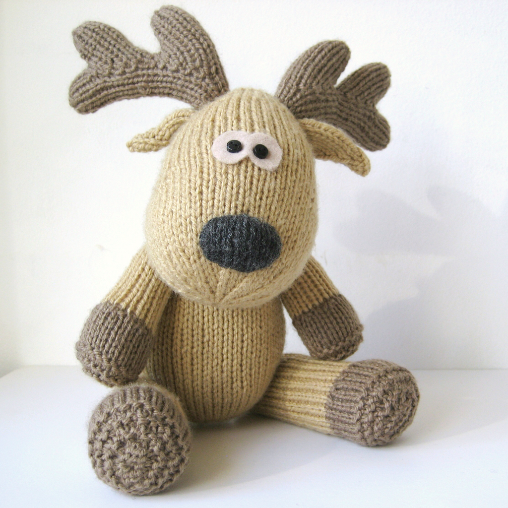 Easy Knit Boot Cuff Pattern Free : Rupert Reindeer Toy Knitting Pattern on Luulla