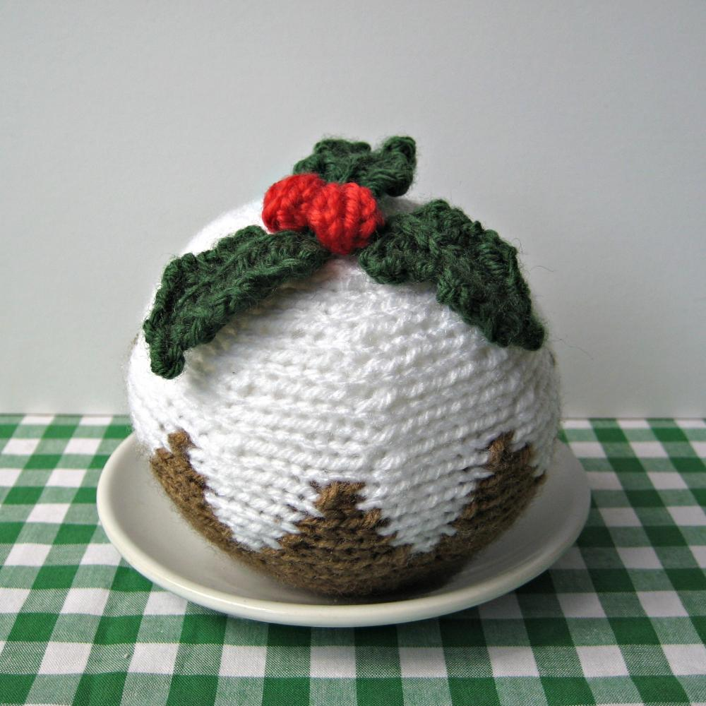 Knitting Pattern For A Christmas Pudding : Christmas Pudding Knitting Pattern on Luulla