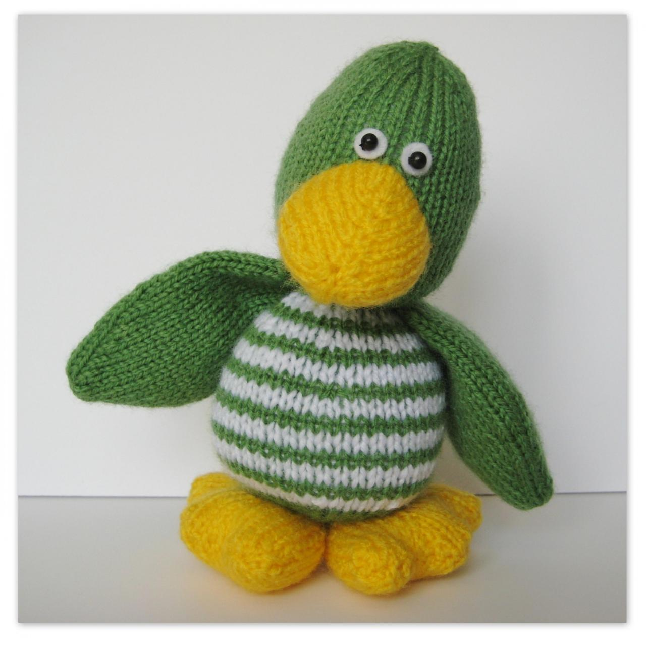 Knitting Pattern Duck Toy : Quacky Duck Toy Knitting Pattern on Luulla