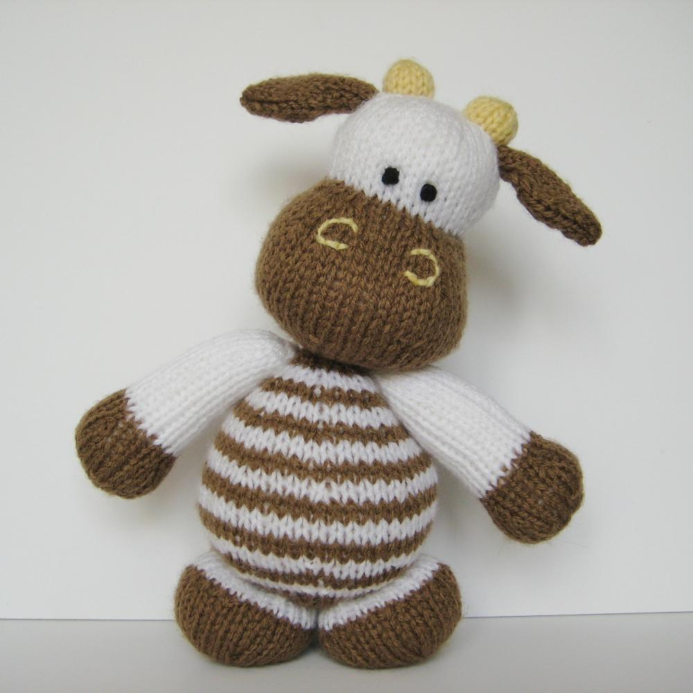 Milkshake The Cow Toy Knitting Pattern on Luulla