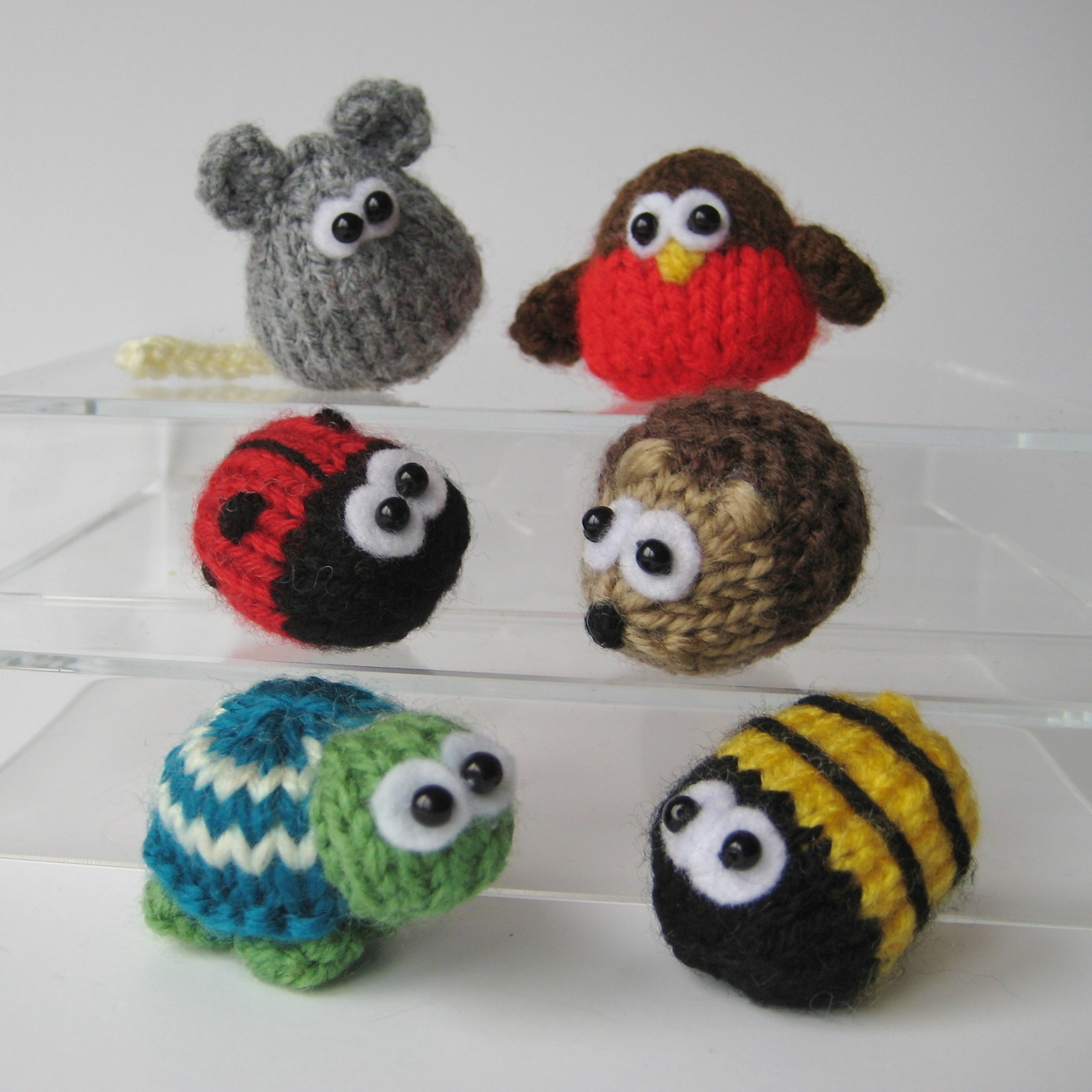 Cute Easy Knitting Ideas : Teeny toy animal knitting patterns on luulla