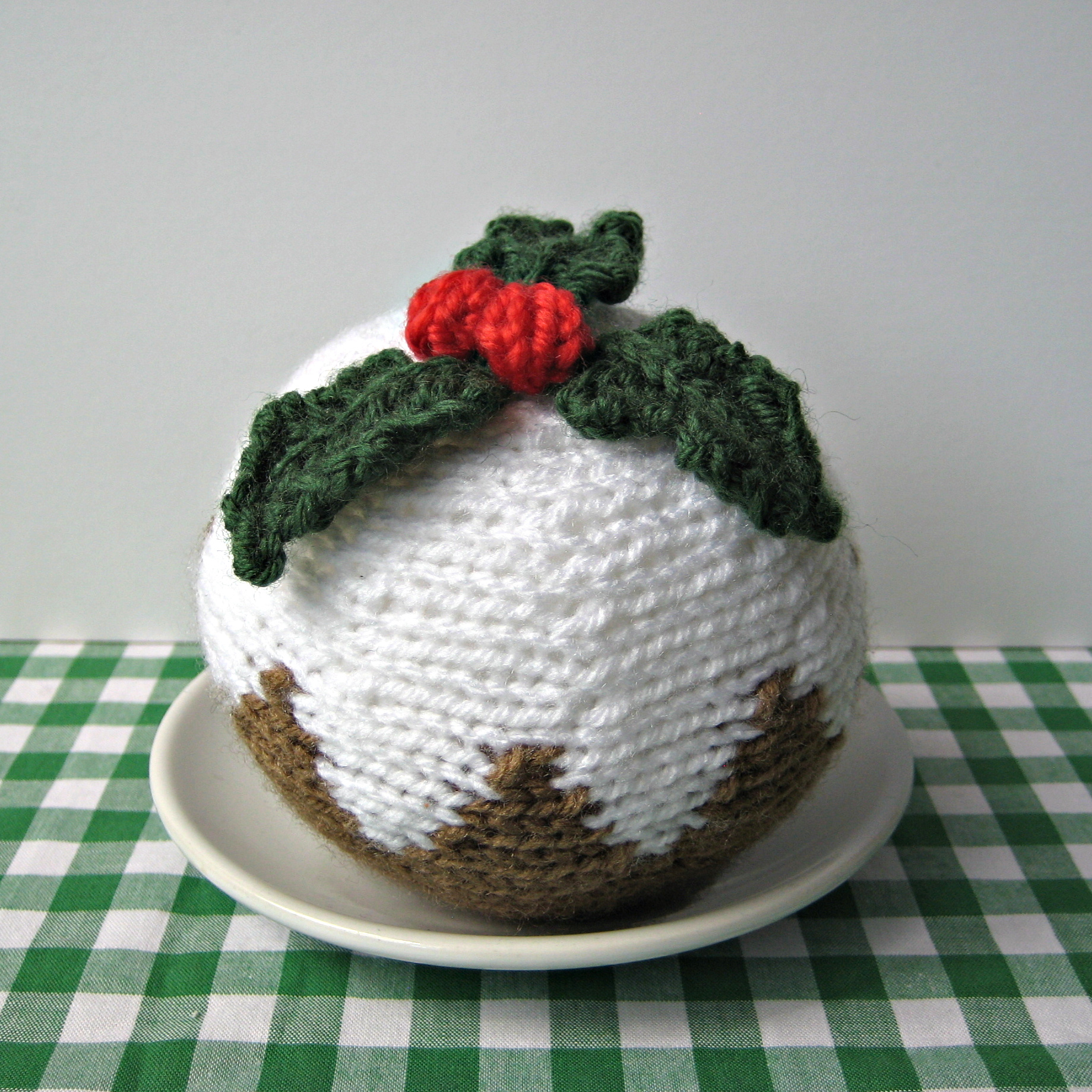 Free Knitting Pattern Christmas Pudding : Christmas Pudding Knitting Pattern on Luulla